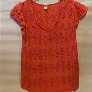 Old Navy fluttered sleeve coral top